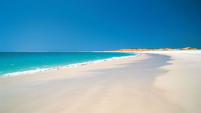 821420-cable-beach[1]